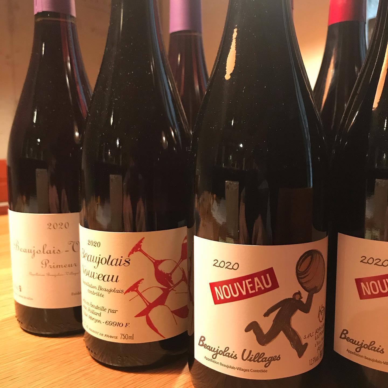 今日11/19はボージョレヌーヴォーの解禁日です。うちも3種類のヌーヴォーをご用意しています。#イルフェソワフ #ワイン#日本酒 #薬院#警固